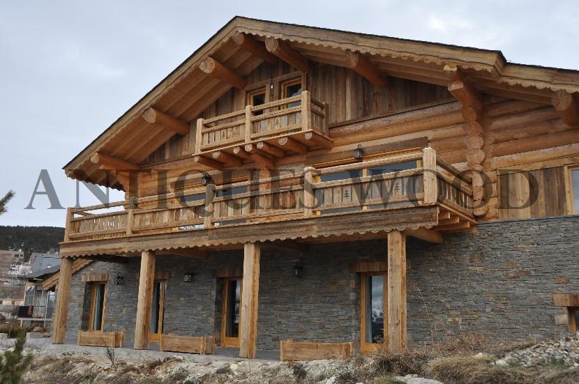 Chalet en vieux bois for Chalet prix construction